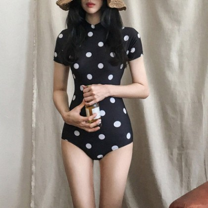 Women Clothing Short-sleeved Conservative One-piece Polka Dot Swimsuit
