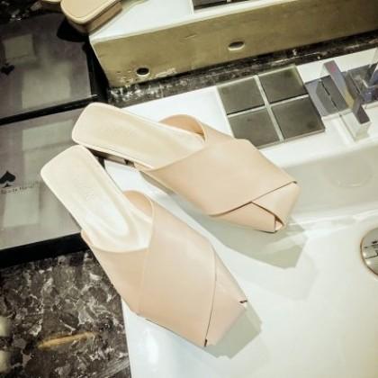 Women Fashion British Style Square Toe Flat Retro Breathable Half-slippers