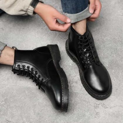 Men Waterproof Lace-up Breathable Leather Shoes