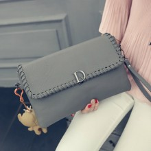 [PRE-ORDER] Women D PU Weaved Envelope Handbag