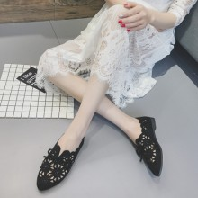 [PRE-ORDER] Women Retro Carved Lace Ribbon Cute Flats