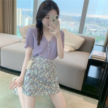 Women Clothing New Summer V-neck Short-sleeved Chiffon Shirt A-line Skirt Two-piece Suit