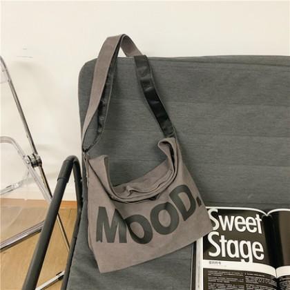 Men Bags Japanese Large-Capacity Retro Street Messenger bag