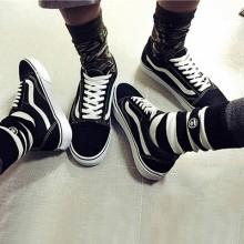 [PRE-ORDER] Men Women Korean Couple Fashion Swag Canvas Shoes