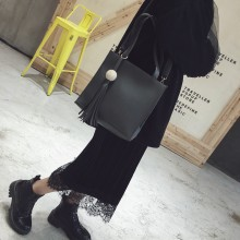 [PRE-ORDER] Women New Tide Messenger Wild Small Square Bag