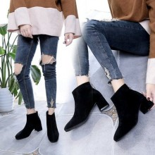 [PRE-ORDER] Women New British Style Square Head Frosted Boots