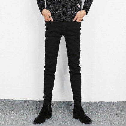Men Korean Version of The Tide Black Jeans, Thin Skinny Pants