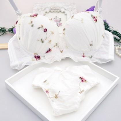 [READY STOCK] Flower Cute Sweet Bra Women Push Up Set Lingerie