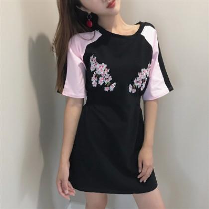 Women Korean Short-sleeved Embroidery Flower Dress