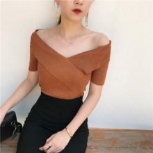 [PRE-ORDER] Women Retro Korean V-neck Cross-cropped Slim Top