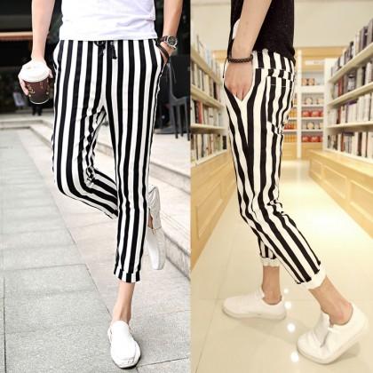 Men's Black and White Stripes Slim Cropped Pants