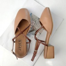 [PRE-ORDER] Women Strap Buckle Retro Closed Toe Low Heel Shoe Sandals