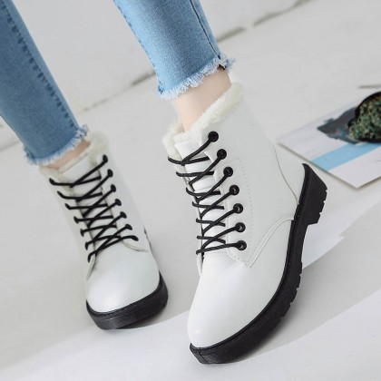 Women Super High Martin Boots Winter Fashion Lace Up Warm Plus Size Boots