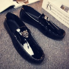 Men's Glossy Casual Pedal Shoes Business Daily Wear Fashion Male Flat Peas Shoes