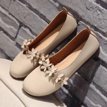 Women Floral Retro Grandma Shoes Soft Bottom Peas Shoes Plus Size Flat Shoes