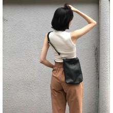 Women Black Retro Chic Messenger Sling Bag Small Fashion Street Fashion Bag