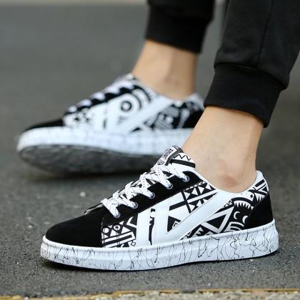Men's Cool Graphic Fashion Sneakers Unisex Plus Size Couple Lace Up Canvas Shoes