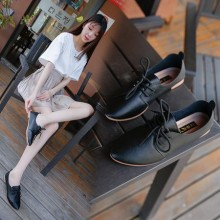 Women Flat Bottom Peas Shoes Pointed Style Cross Straps Shoes Single Shoes