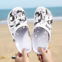 Men's Summer Hole Slippers Slip Wear Sandals Casual Beach Shoes
