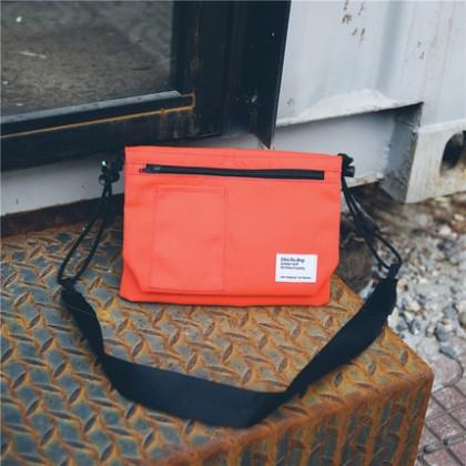 Men's Sling Bag Small Package Bag Retro Hip Hop Couple Backpack Street Bag