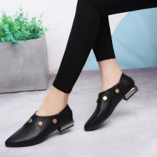 Women Black Leather Flat Shoes Pointed Thick Heel Metal Decoration Plus Size