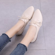 Women Fashionable Shallow Mouth Cross Strap Pointed Flat Shoes