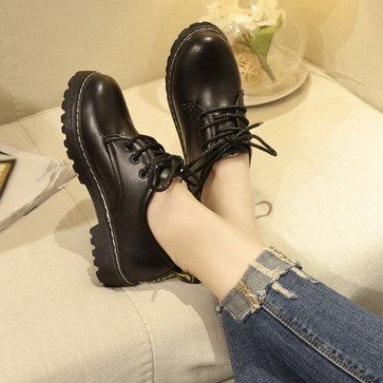 Women  KoreanYouth Pop Students Round Head Leather Shoes