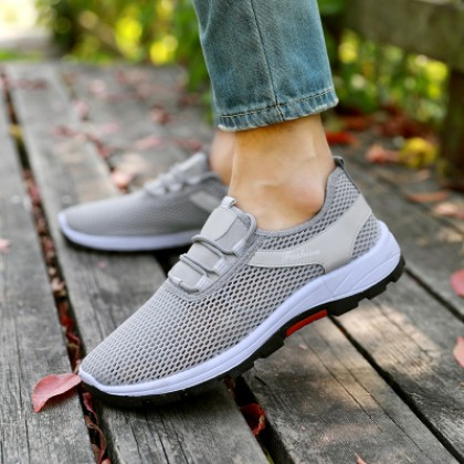 Men's Korean  Fashion Round Head Breathable  Wild Board Shoes Couples