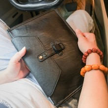 Men's Korean Trend Plain Business and Casual Handbag