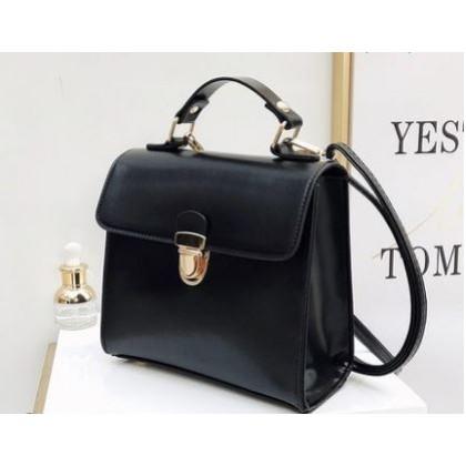 Women Korean  Fashion  Wild Medium Square Messenger Bag
