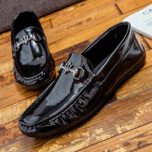 Men's Korean Wild Style Trend  Casual Gloss Leather Peas Shoes