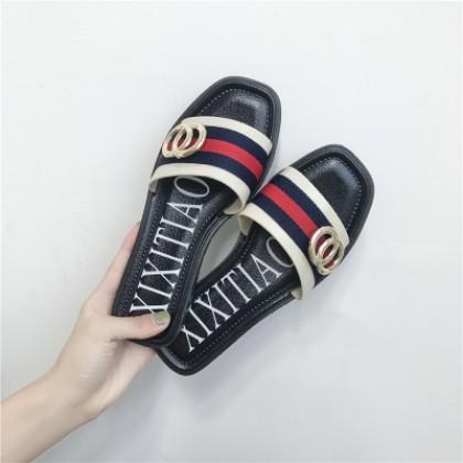 [READY STOCK] Women Fashion Classy Flip-Flop Slippers