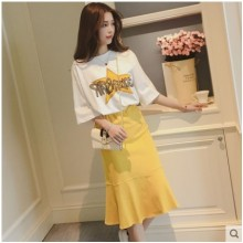 Women Korean Fashion 2 Piece Loose Short Sleeved Top and Skirt