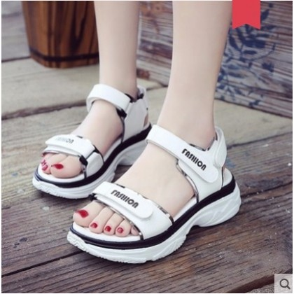 Women Korean Fashion Muffin Bottom Wild Style Summer Sandals