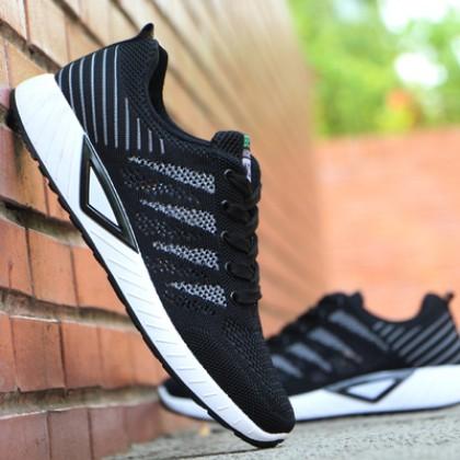 Men's Fashion Trend Fashion Wild Style Ultra Light Mesh Sports Shoes