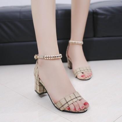Women Wild Buckle Chic Open Toe Thick Heel Casual Sandals