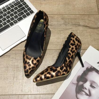 Women Korean Fashion Wild Style Leopard Print  Pointed Stiletto