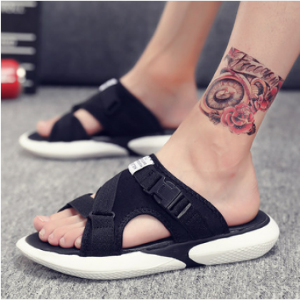 Men's Korean Youth Trend  Wild Style Fashion Wear Outdoor Sandals
