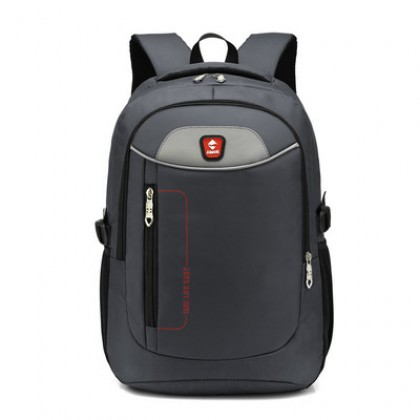 Men New Large Capacity Waterproof Travel and Outdoor Sports Bag