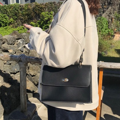 Women Korean Fashion Simple Retro Casual Leather Shoulder Bag