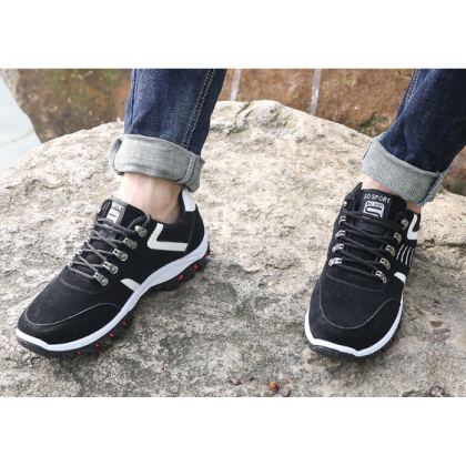 Men Korean Fashion Outdoor  Waterproof Sports Shoes
