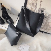 Women Korean Fashion Large Capacity Simple Soft Leather Shoulder Bag