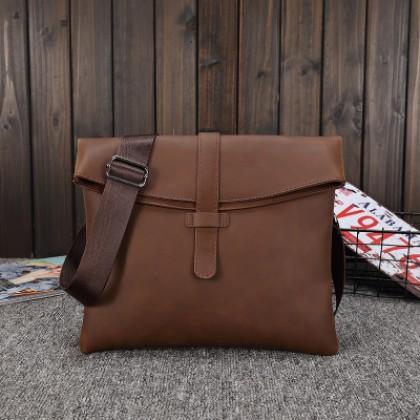 Men Fashion Crazy Horse Leather Envelope Shape Messenger Shoulder Bag