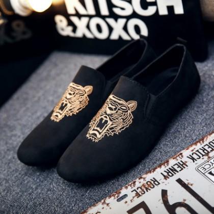 Men Korean Street Fashion Wild Style  Tiger Head Print Peas Shoes