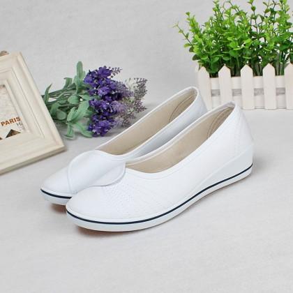 Women  Korean Fashion Soft Bottom Plain Color Flat Nurse Shoes