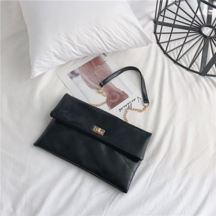 Women Korean Fashion Wild Messenger Chain Shoulder Envelope Bag