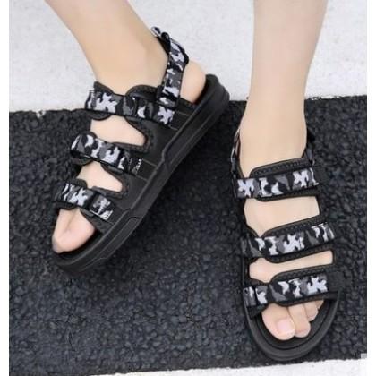 Men Korean Fashion Soft Bottom Camouflage Beach Sandals