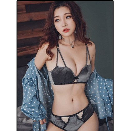 Women Korean Fashion  Sexy Non Wire Velvet Underwear Set