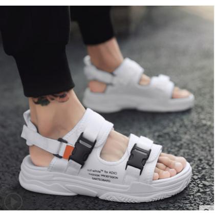 Men Korean Fashion Dual Use Non Slip Outdoor and Beach Sandals