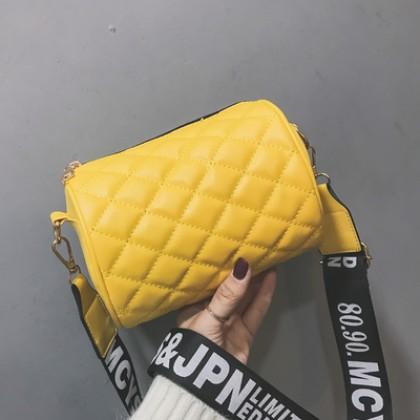 Women Korean Fashion Wild Cylinder Rhombic Wide Messenger Bag